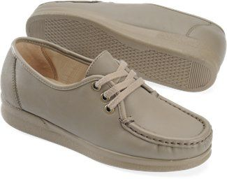 many fashionable low priced shop best sellers Abuela shoes | Old lady shoes, Shoes, Boat shoes