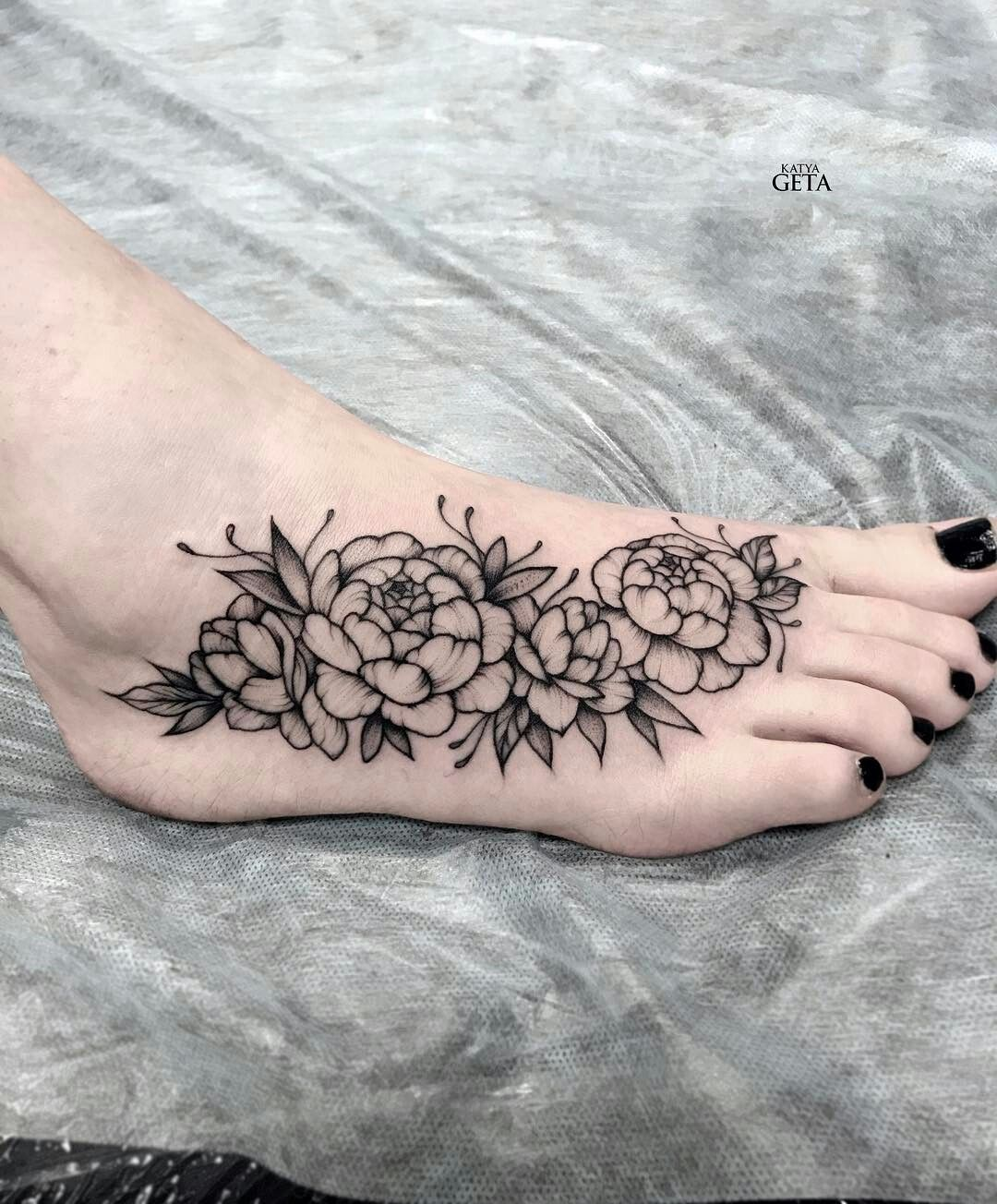 Floral Foot Tattoos : floral, tattoos, Tattoo, Flowers, @katyageta, Instagram, Tattoos, Women,, Floral, Tattoo,, Sunflower
