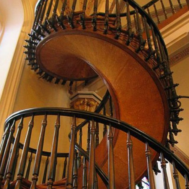 Best Spiral Staircase Built With No Nails At Loretto Chapel In 400 x 300