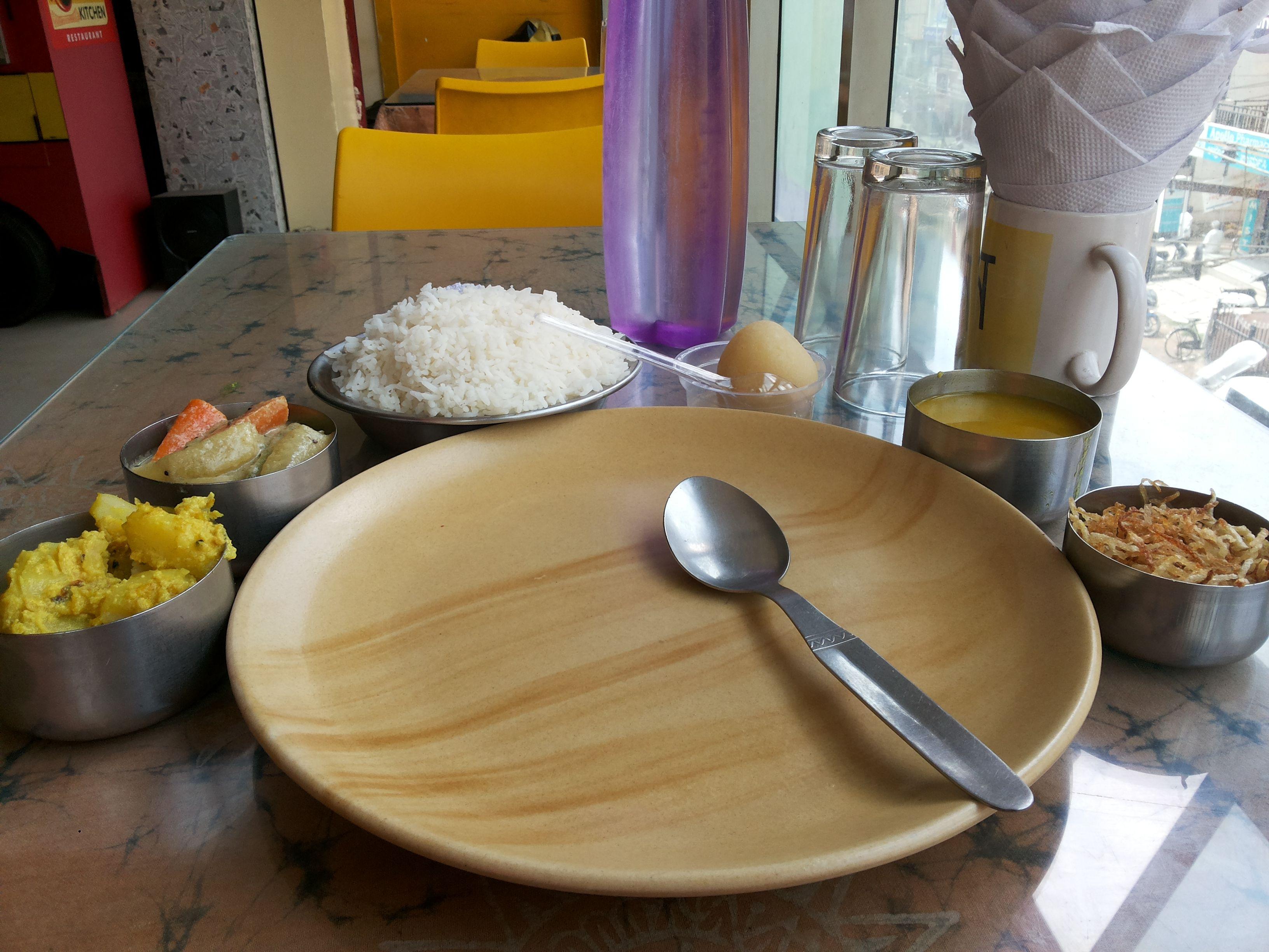 Authentic Bengali vegetarian meal - aaloo posto, aloo jhuri bhaja ...