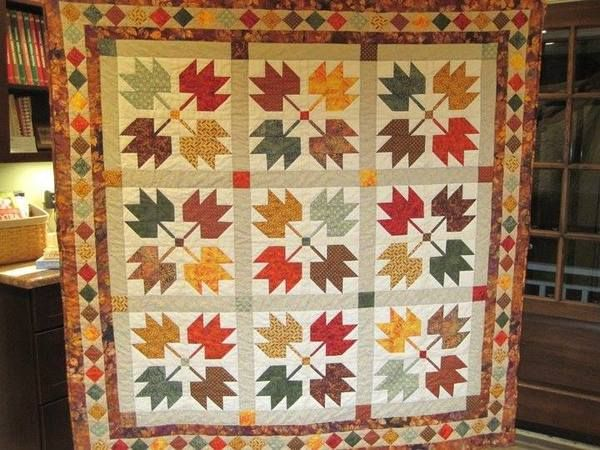 Maple leaf quilt....Love this quilt to use up fall fabric.love the ... : maple leaf quilt patterns - Adamdwight.com