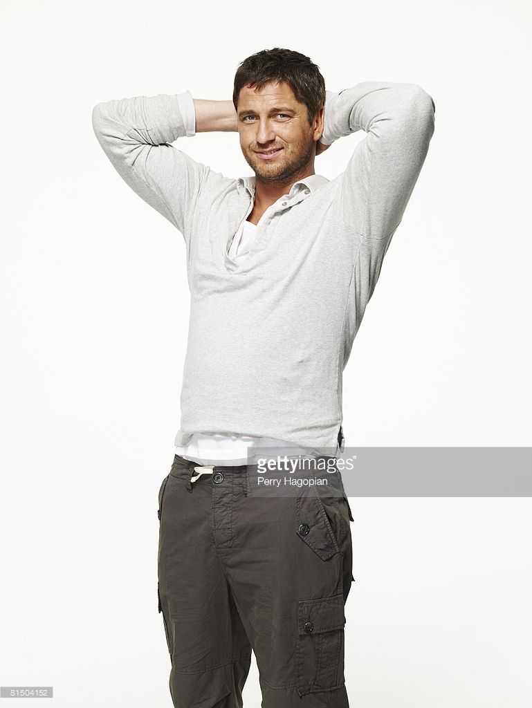 Actor <a gi-track='captionPersonalityLinkClicked' href=/galleries/search?phrase=Gerard+Butler+-+Actor&family=editorial&specificpeople=202258 ng-click='$event.stopPropagation()'>Gerard Butler</a> poses at a portrait session in New York City.