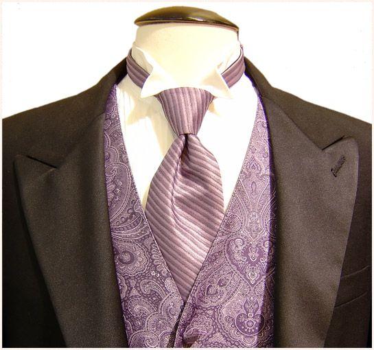 REGALATI O REGALA un abito su misura.... A DOMICILIO. La qualità e la luminosità dei tessuti italiani, oltre agli inglesi, scozzesi ed australiani, a partire da € 850,00, € 900,00,€ 950,00, € 1000,00 fino a € 3000,00.  TREAT YOURSELF OR GIVE a tailored suit .... AT HOME. The quality and brightness of Italian fabrics, in addition to English, Scottish and Australian: from € 850.00, € 900.00, € 950.00, € 1000.00 up to € 3000.00.