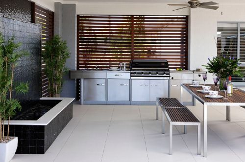 Louvres behind the bbq outdoor rooms pinterest for Outdoor kitchen australia