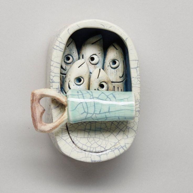 Diese liebenswerten Sardinen in einer Dose sind allesamt aus Keramik. Jede Sardine ist indivi... #ceramicpottery