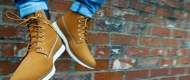 Sneakers montantes Timberland Killington 6-inch wheat nubuck portées avec  un chino slim beige   2017   Pinterest   Chino slim, Slim et Style