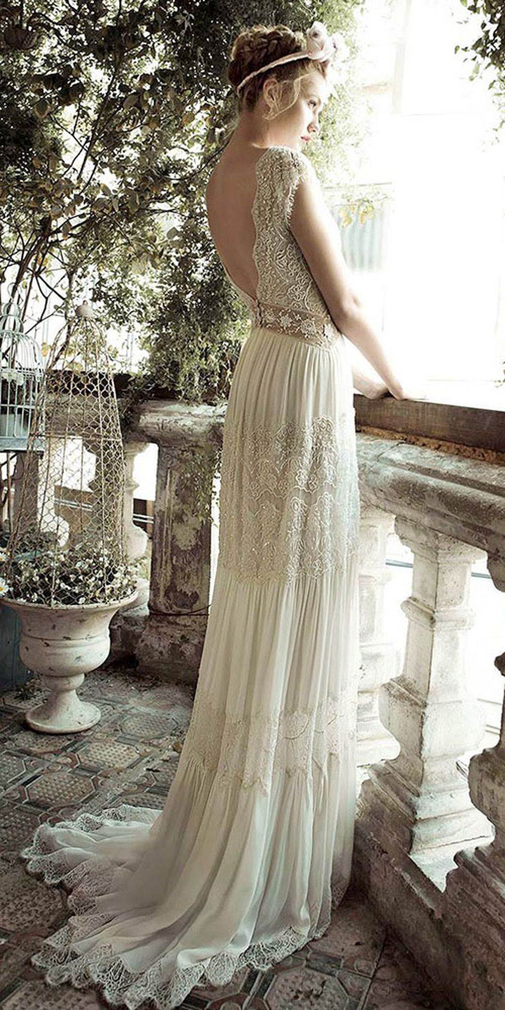 Retro wedding dress  cool  Vintage Wedding Dress Ideas weddmagz