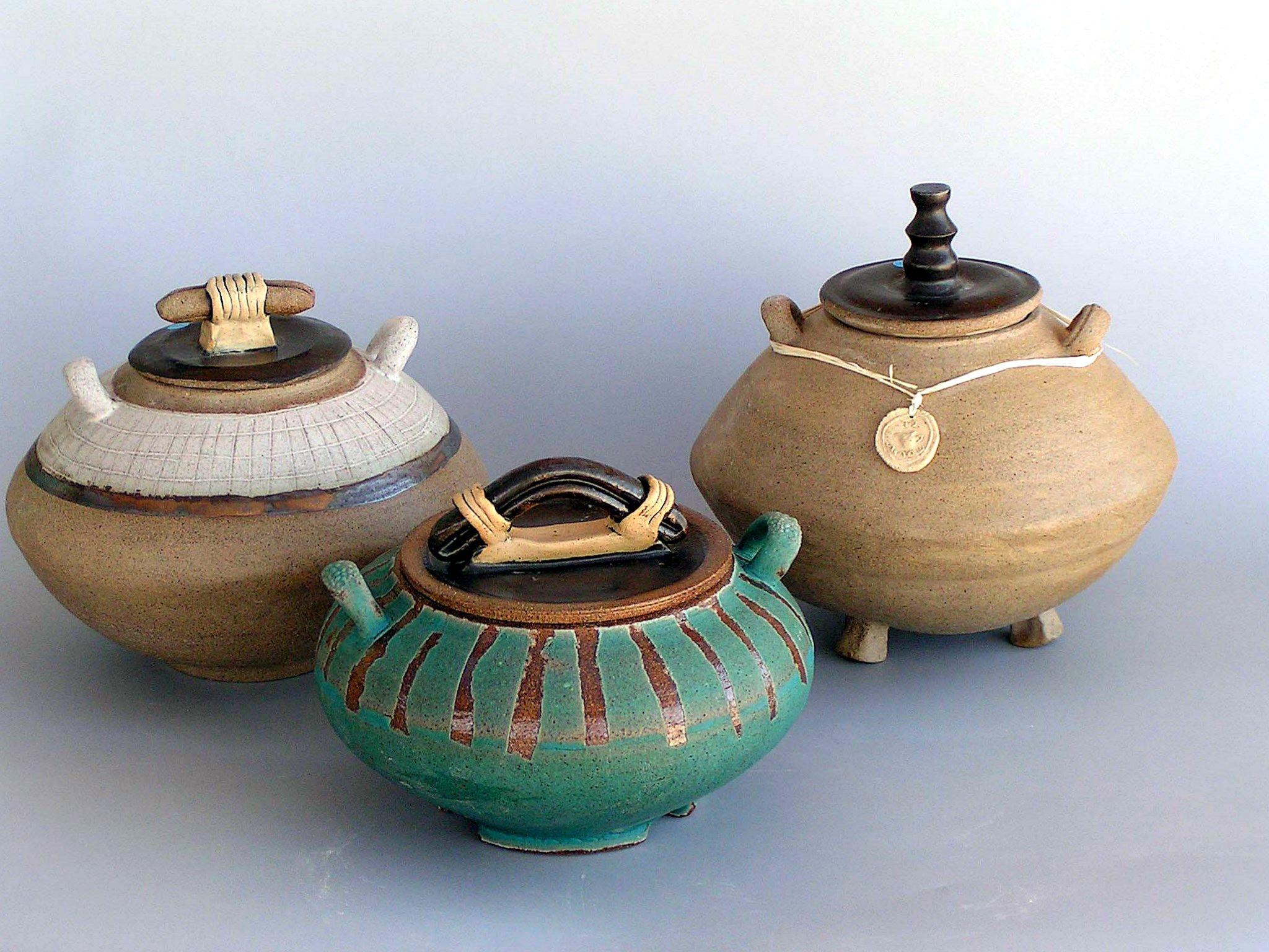 3 crock pots