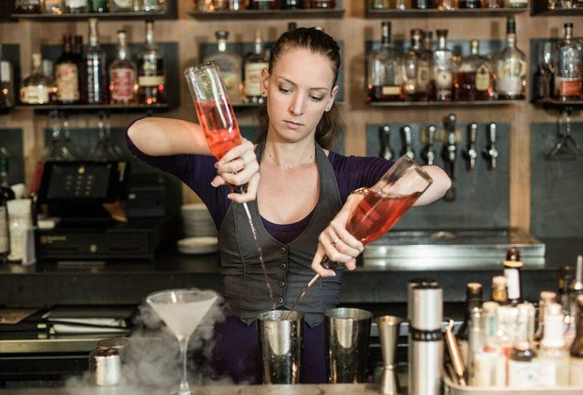 12 Female Bartenders in Atlanta You Need to Know | Atlanta