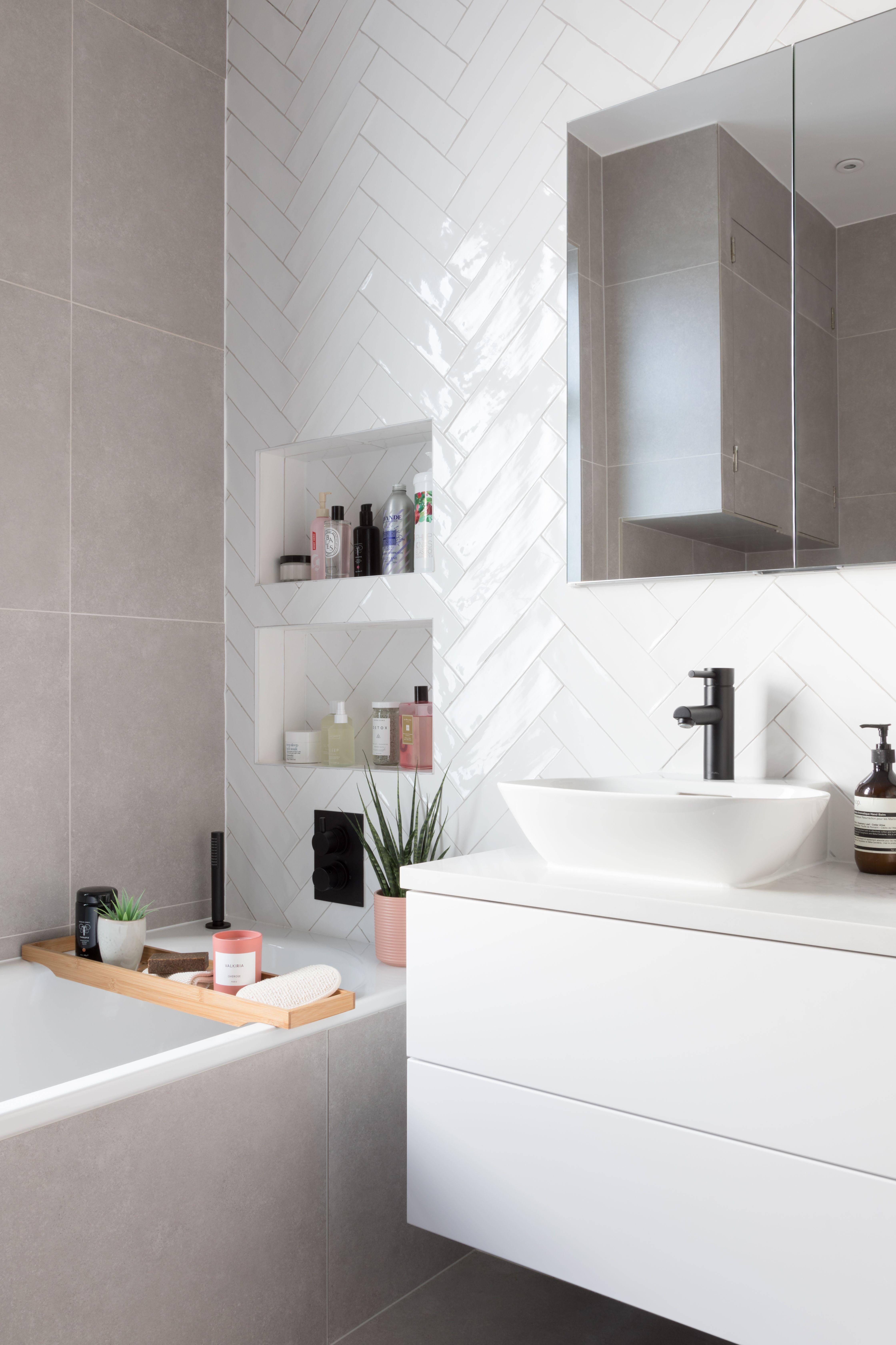 White Glossy Tiles Bathroom White Tile Bathroom Walls Bathroom Wall Tile Design White Bathroom Tiles Latest full bathroom wall