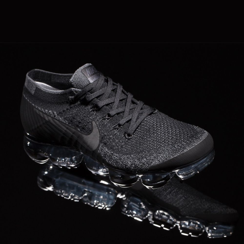 Nike Air VaporMax (849558-007) Triple Black New Arrival #solecollector  #dailysole