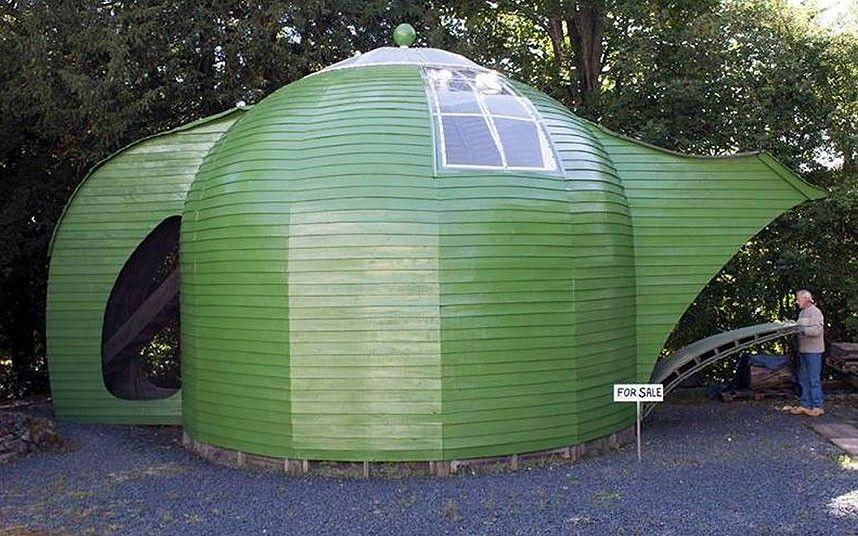 A two-storey detached property shaped like a teapot.