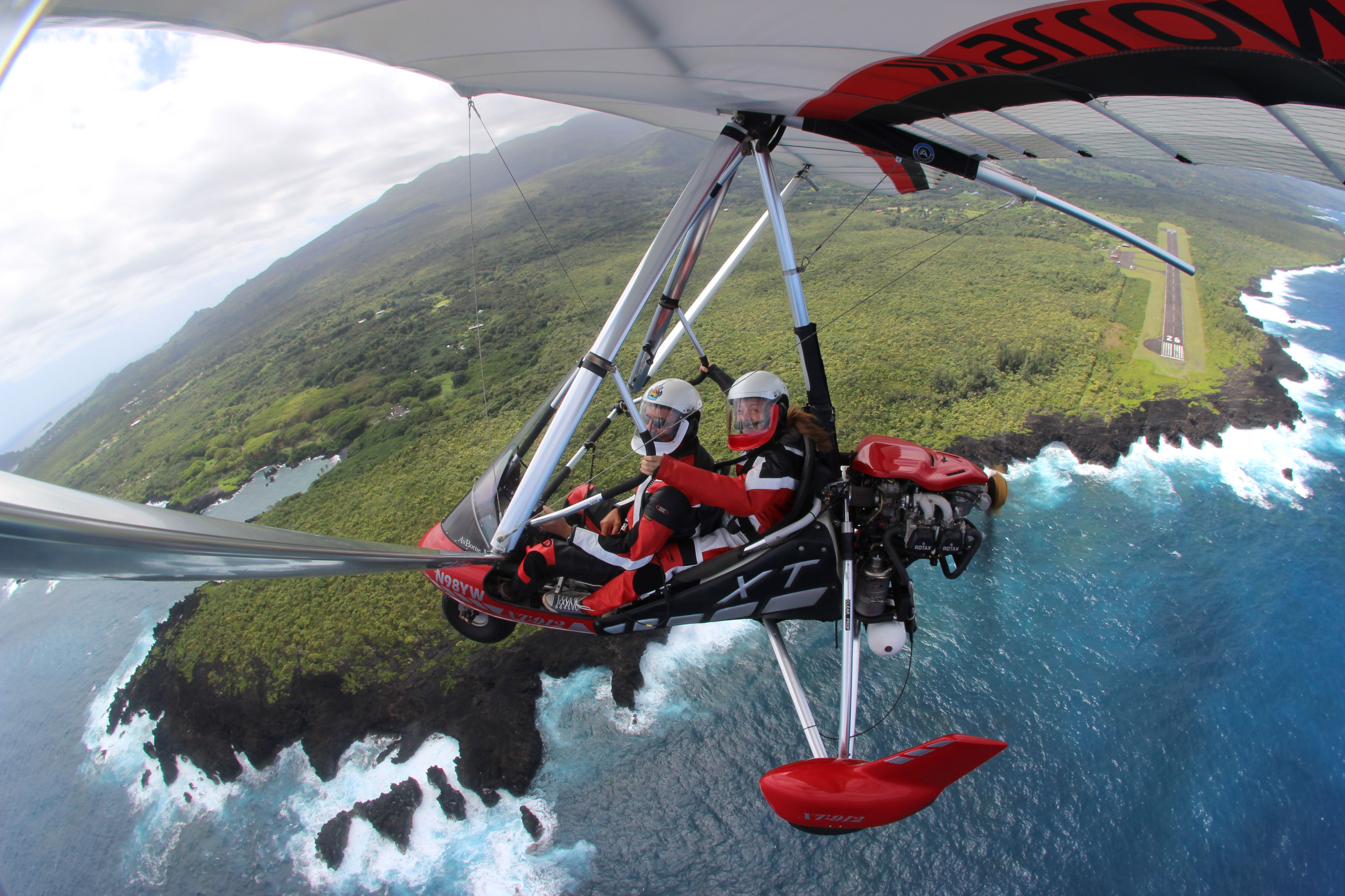 Power Hang Gliding In Hawaii