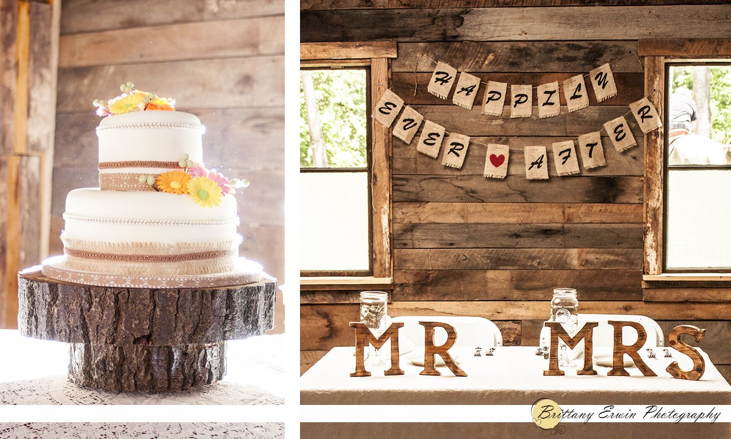 Nashville Indiana Wedding At The Story Inn Wooden Details And Burlap Banner C