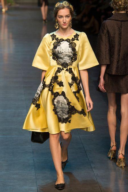 http://fashionbombdaily.com/wp-content/uploads/2013/09/53-Dolce-Gabbana-Spring-2014.jpg
