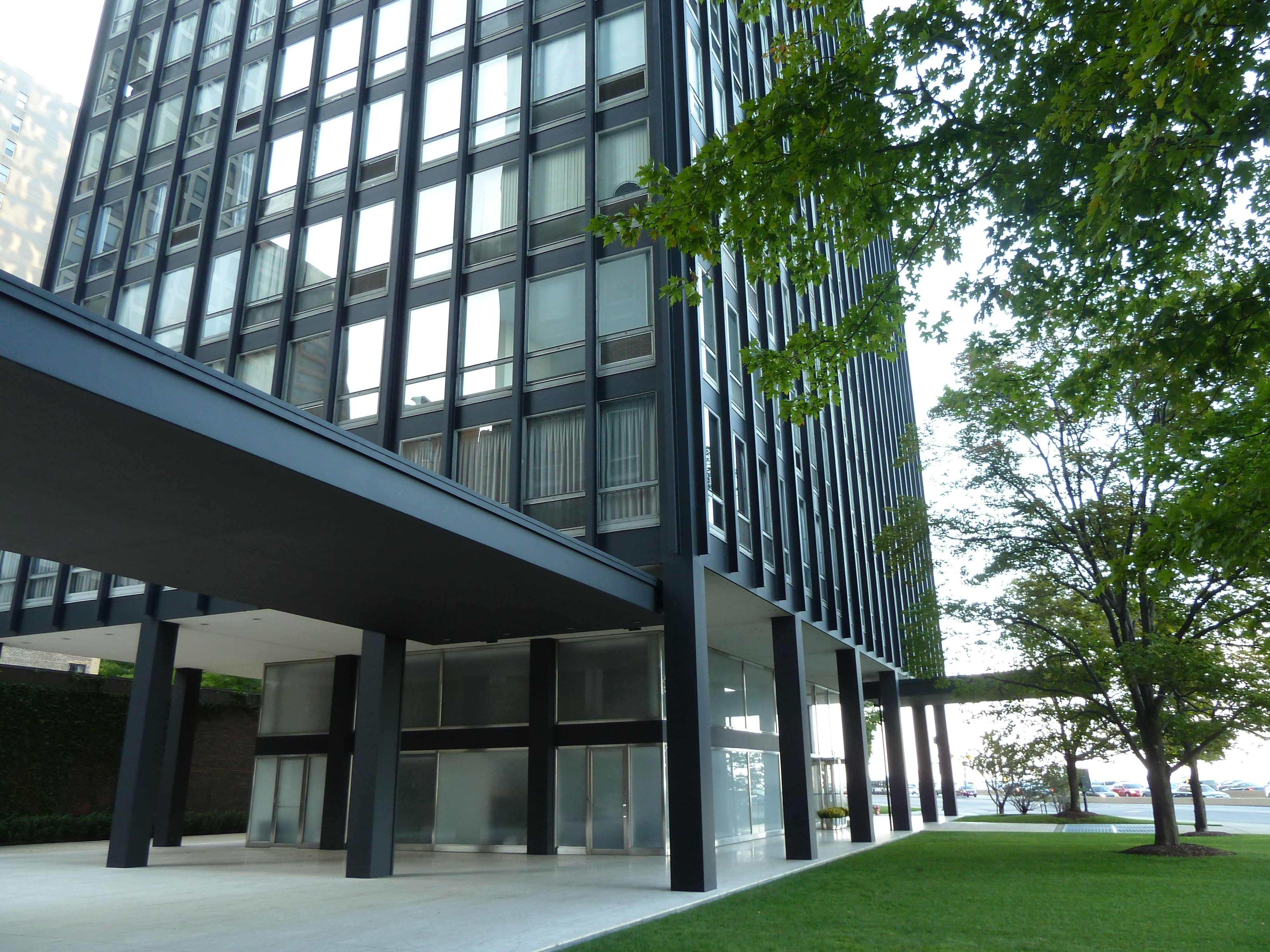 twin apartment towers by ludwig mies van der rohe 860 880 lake shore drive chicago. Black Bedroom Furniture Sets. Home Design Ideas