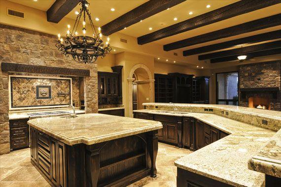 Luxury Big Kitchen Design