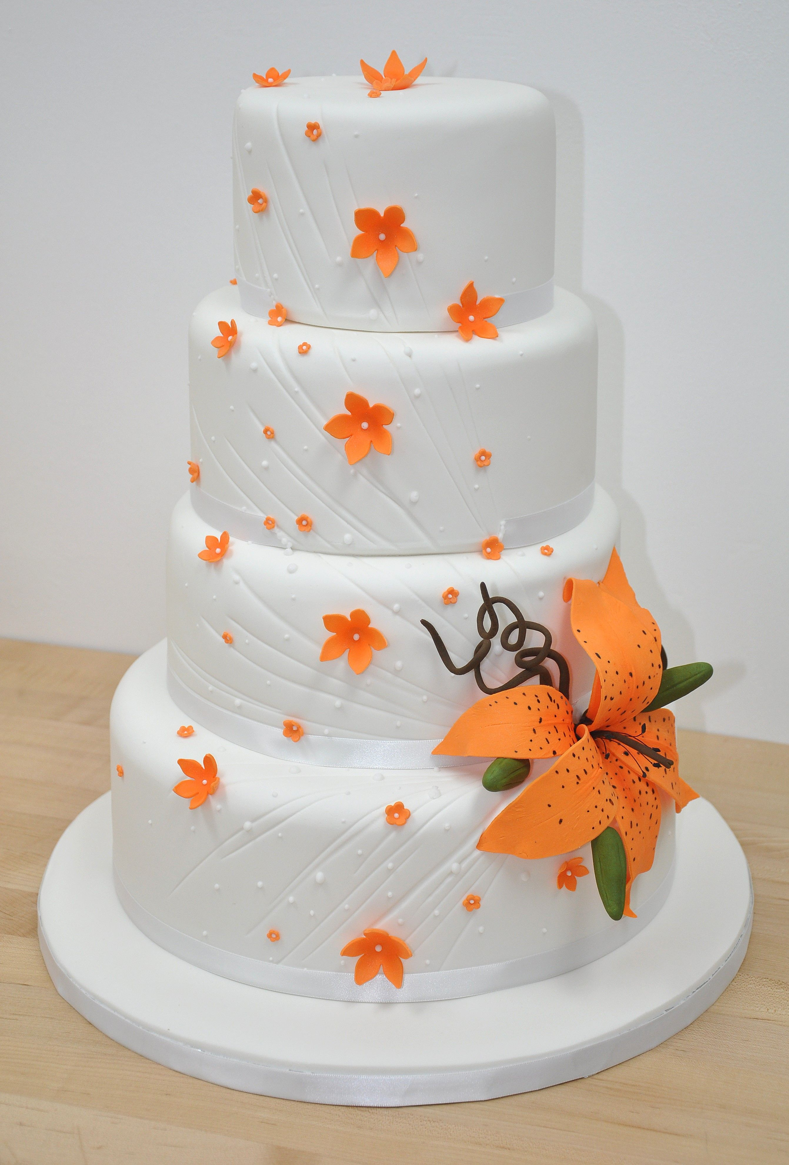 A simple but elegant tiger lily cake | wedding cakes | Pinterest ...