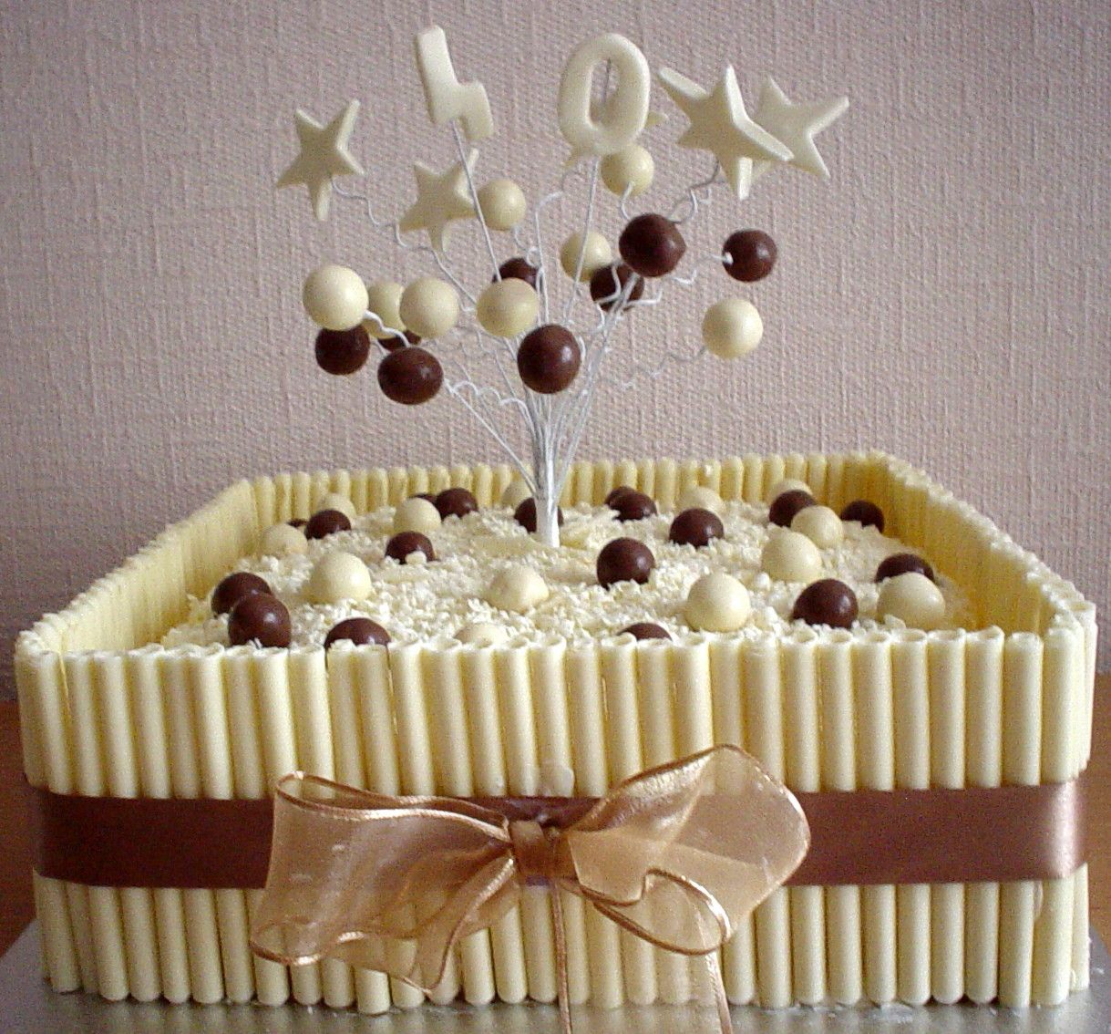 White chocolate cake | Cakes | Pinterest | White chocolate cake ...