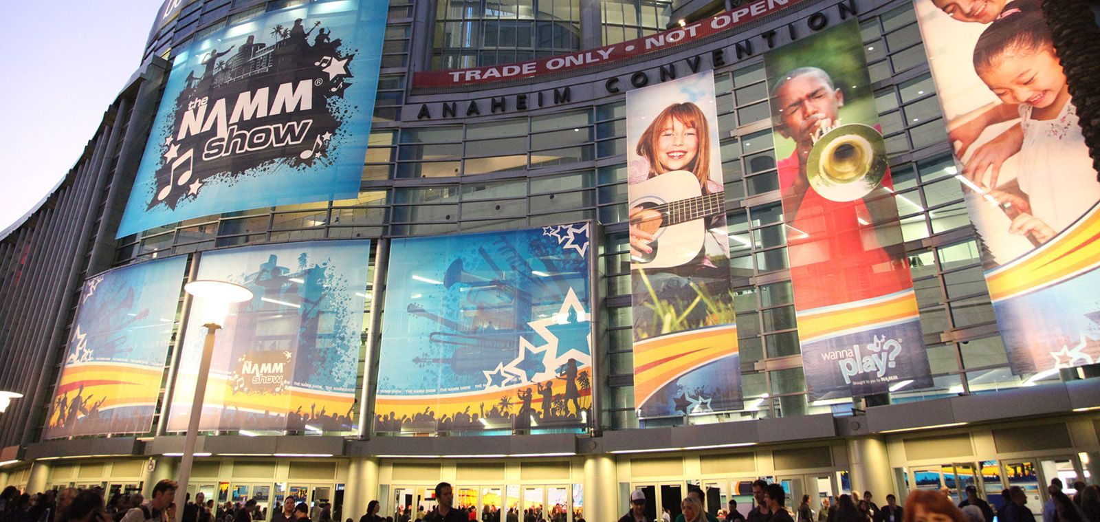 Trey The Namm Show 2015 Namm Show Music Anaheim