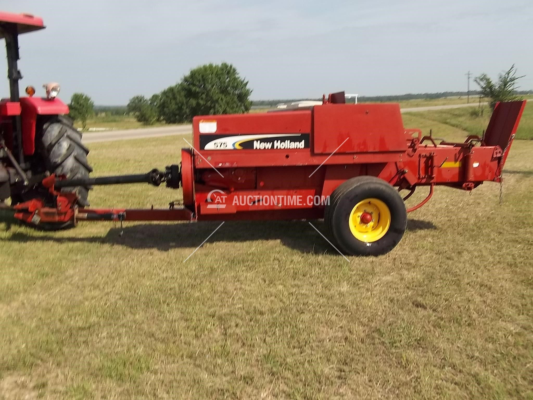 2006 NEW HOLLAND 575 Hay and Forage Equipment - Square