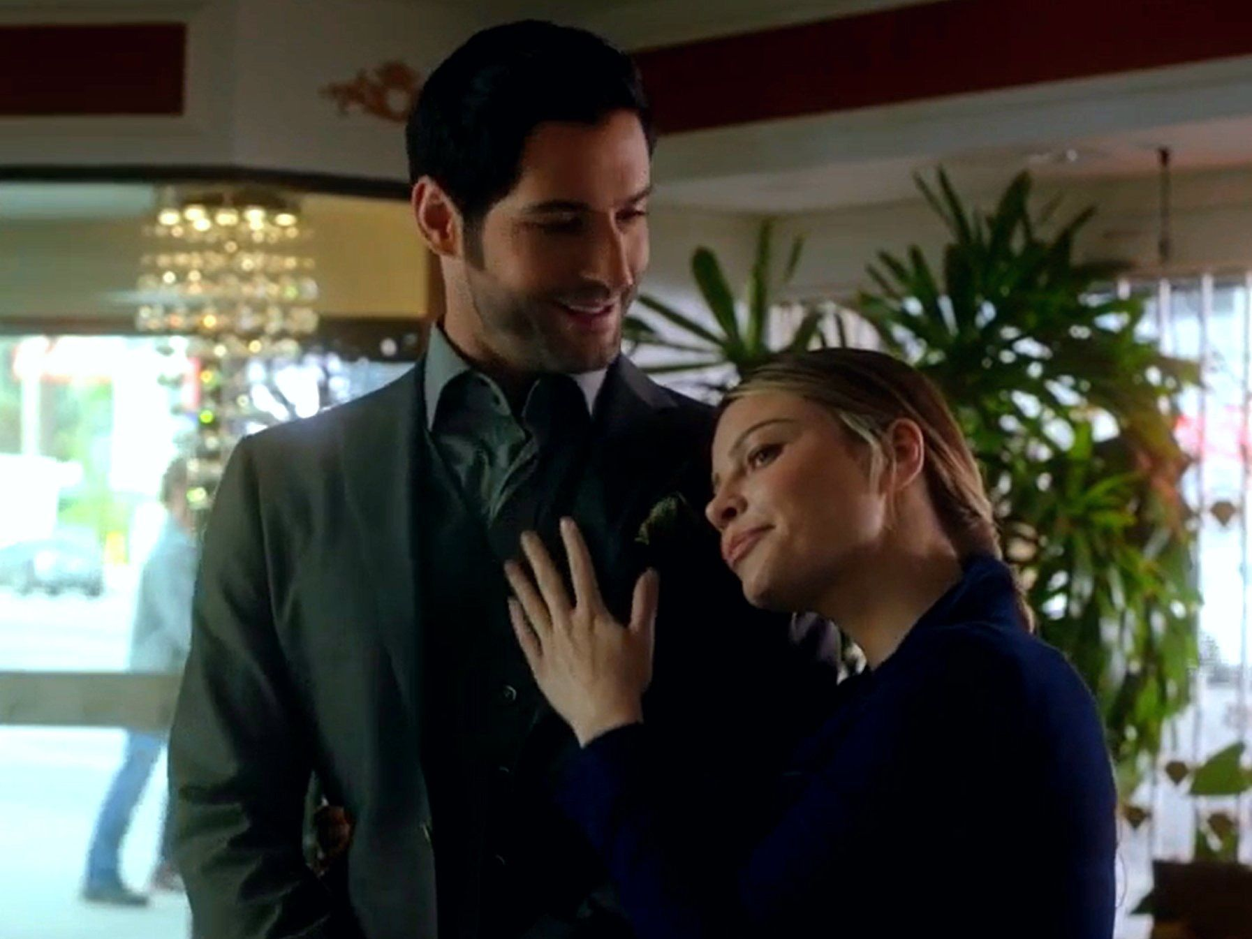 Pin By Ingrid Ruud On Shows And Movies Lucifer Tom Ellis Lucifer Lucifer Morningstar