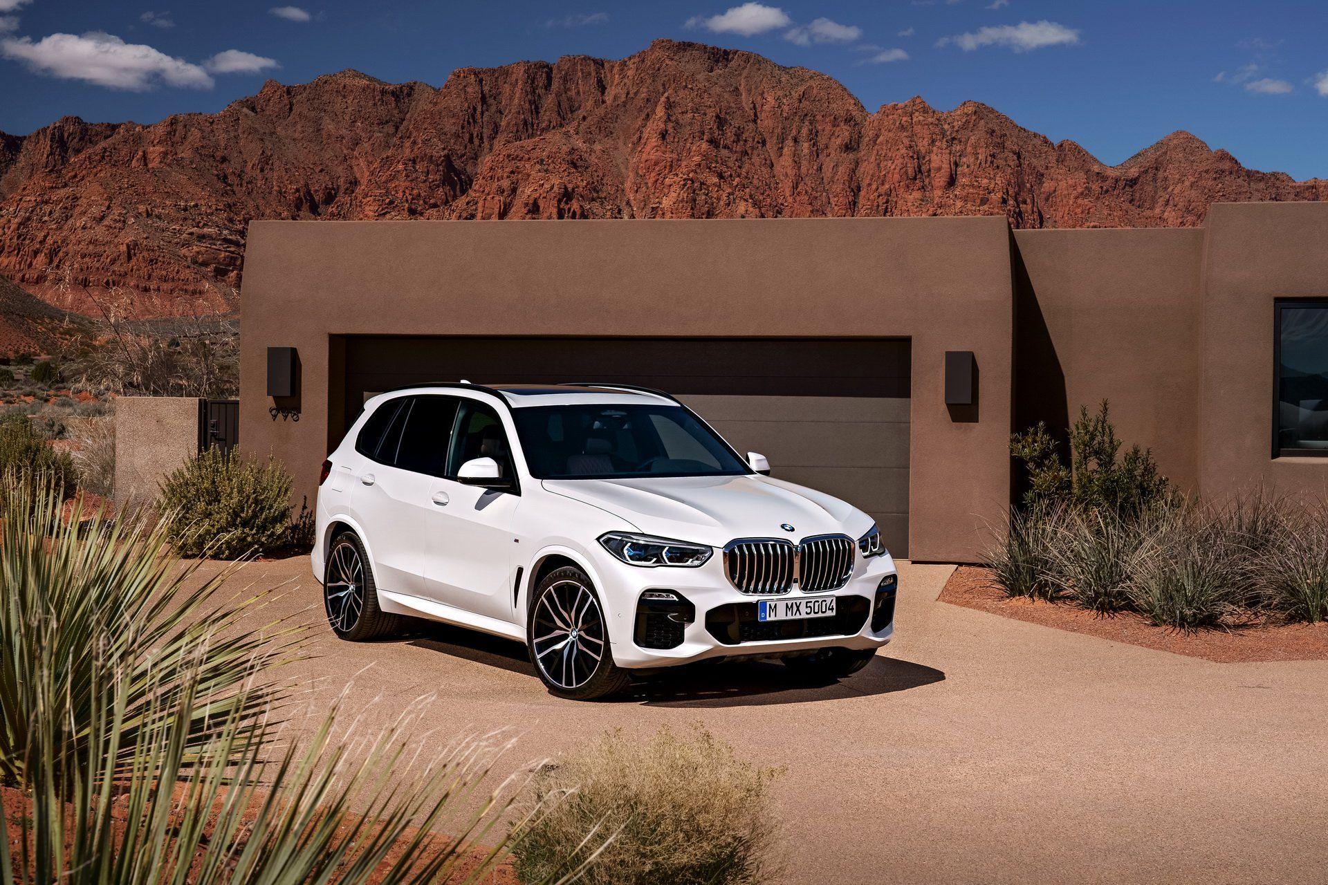 Bmw To Raise Prices Of X5 X6 In China Citing Higher Tariffs On U S Car Imports Carscoops Bmw Bmw X5 Bmw Suv