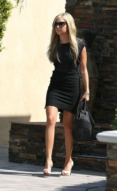 <3..:: love LOVE LoVe love LOVE <3 sleek black dress, alex wang purse and  nude louboutins::.