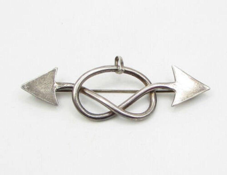 Silver The Pretzel Brooch