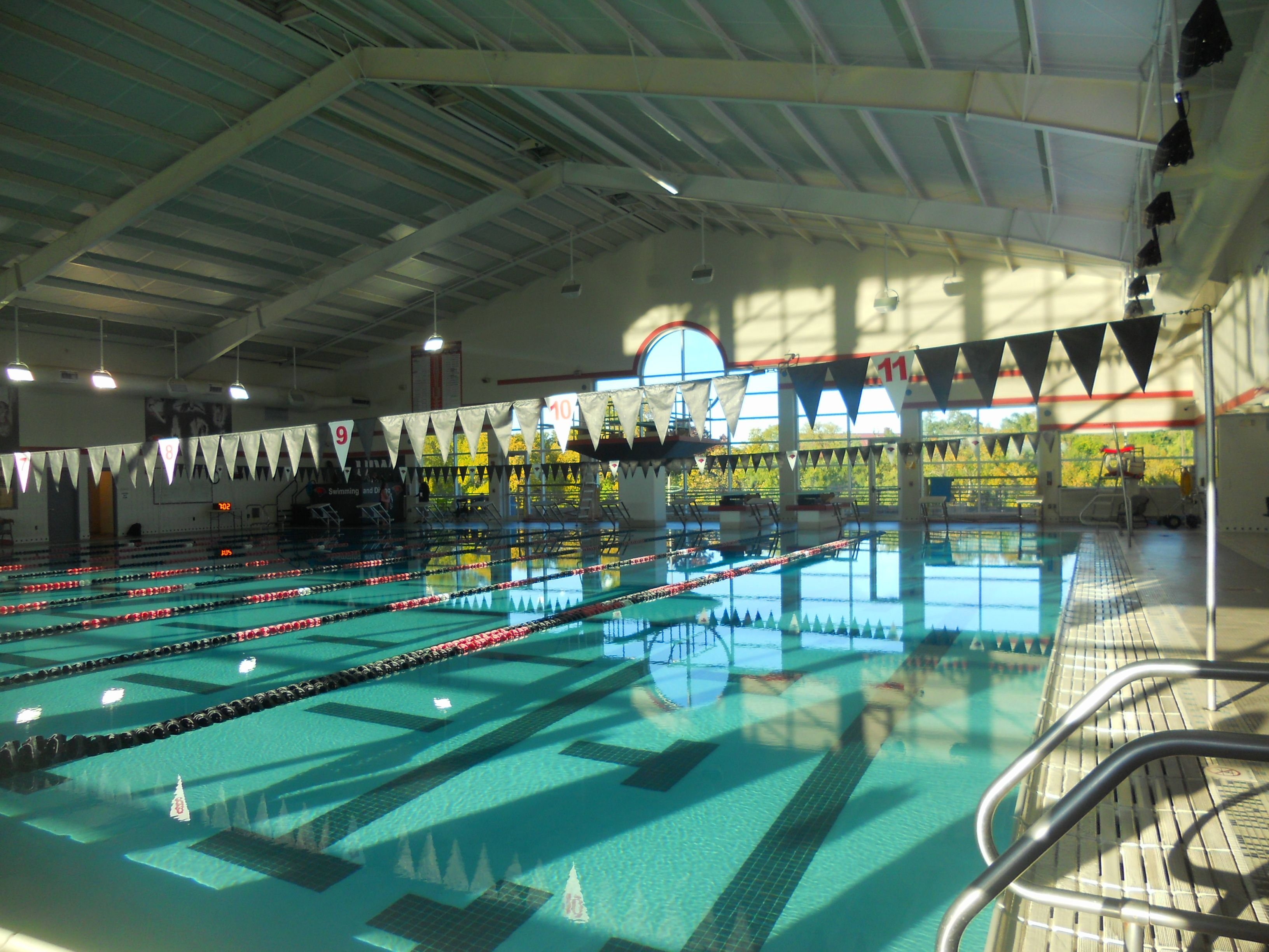 University Of The Incarnate Word Pool Swimming Pools Pool Places