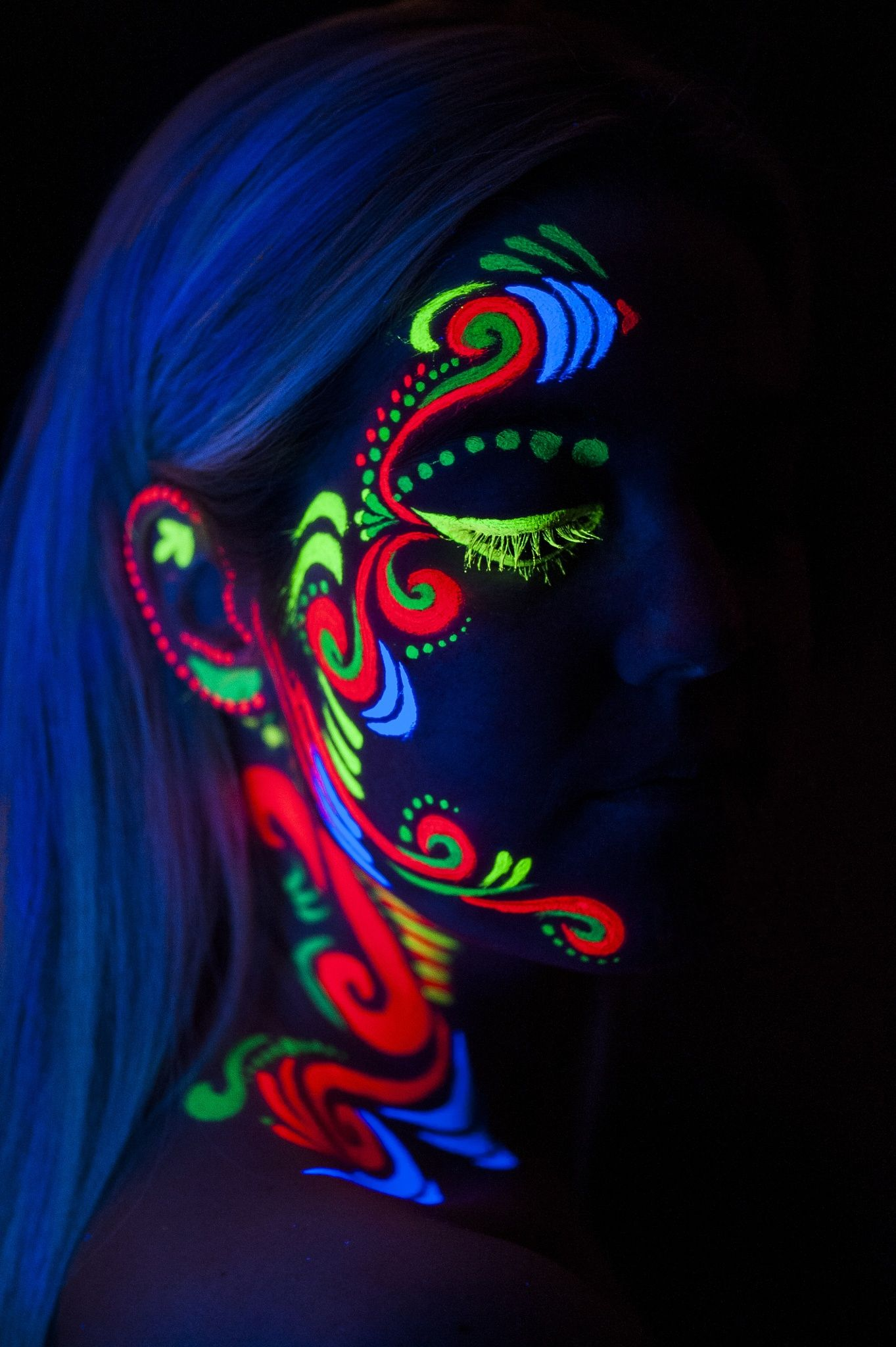 uv Painting by Andre / 500px | Faces | Uv makeup, Neon ...