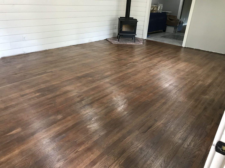 Choosing The Best Farmhouse Style Floor Stain Floor