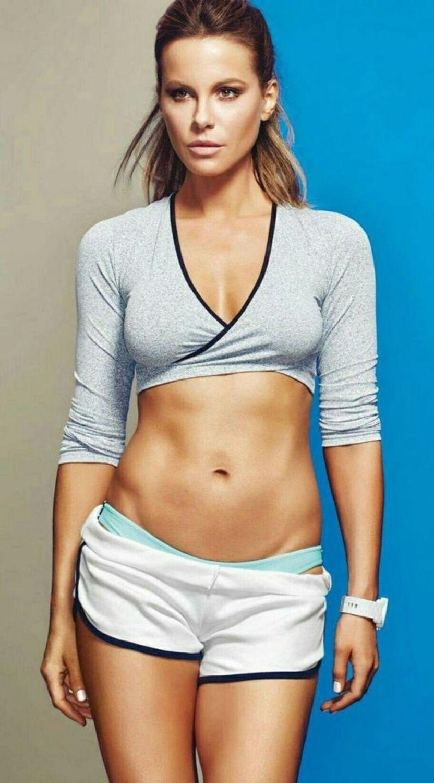 foto Chloe Holmes sexy. 2018-2019 celebrityes photos leaks!