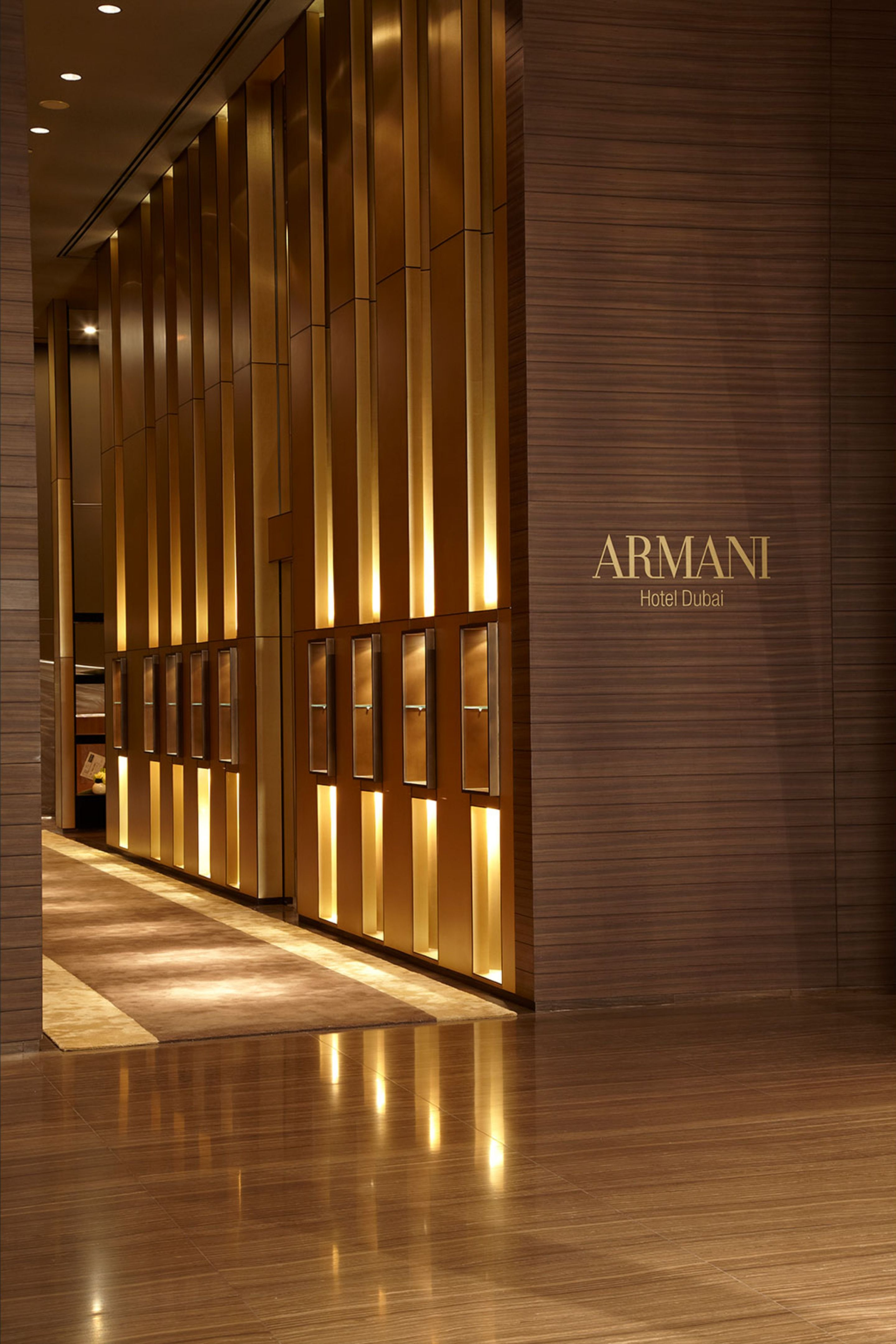 Armani Hotel At The Burj Khalifa With Images Armani Hotel