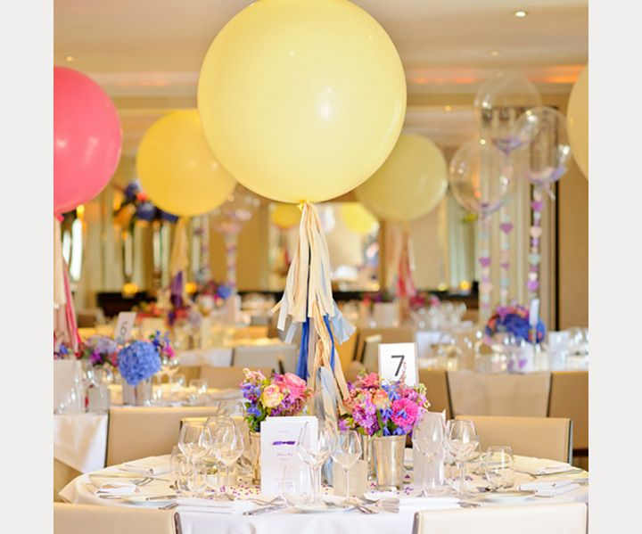 Awesome balloon wedding ideas jumbo balloons