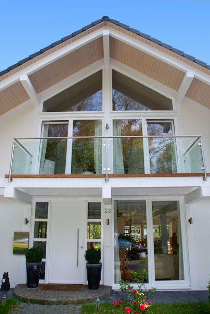 Eingang fachwerkhaus v wohnen einrichten pinterest eingang eingangst r - Fachwerkhaus einrichten ...
