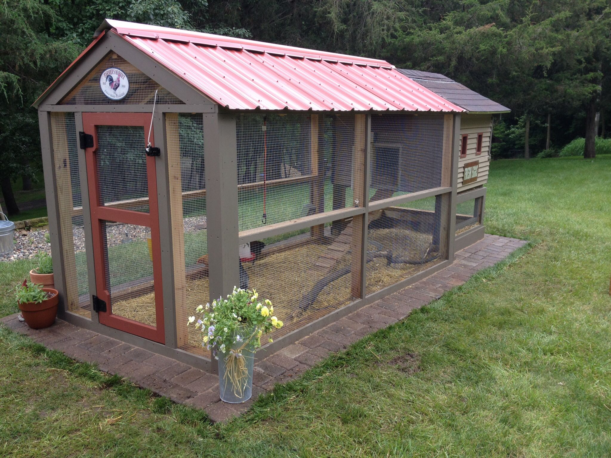NW style chicken coop with rustic metal roof Craigslist hen house