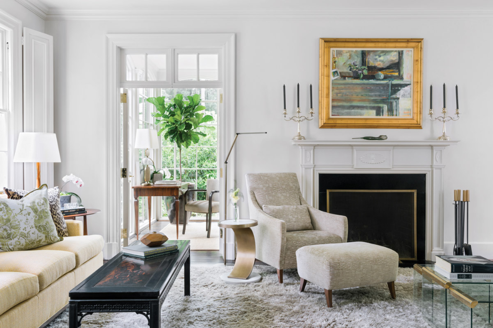 This Sprawling Buckhead Property Was Transformed Into An Artful Showpiece For Modern Living Interior Design Modern Seating House Design #showpiece #for #living #room