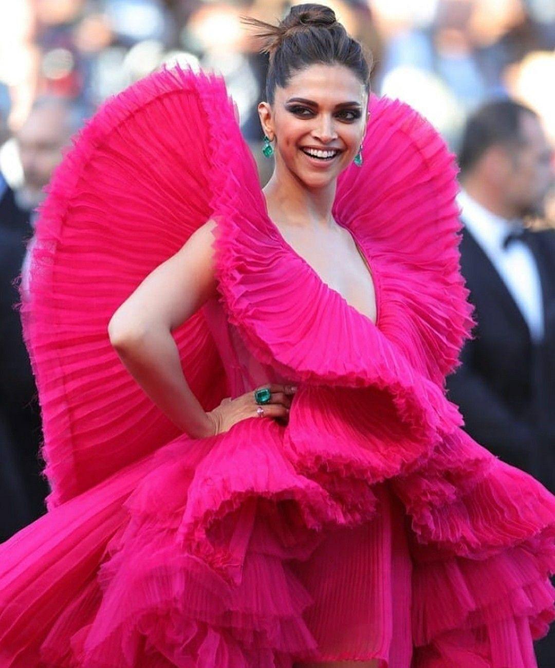 Deepika Padukone | Deepika padukone style, Nice dresses ...