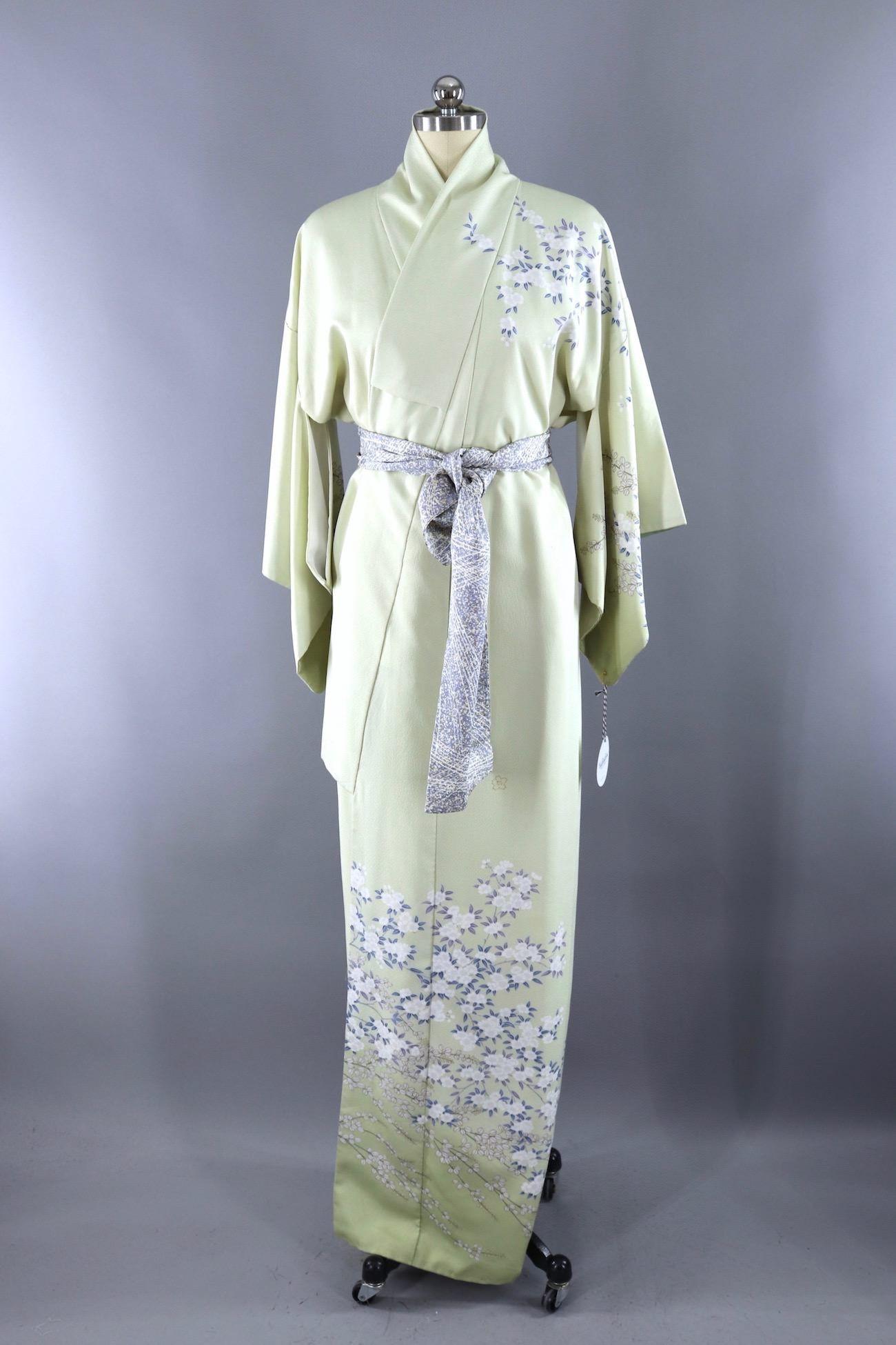 Vintage Silk Kimono Robe Pale Spring Green And Blue Floral