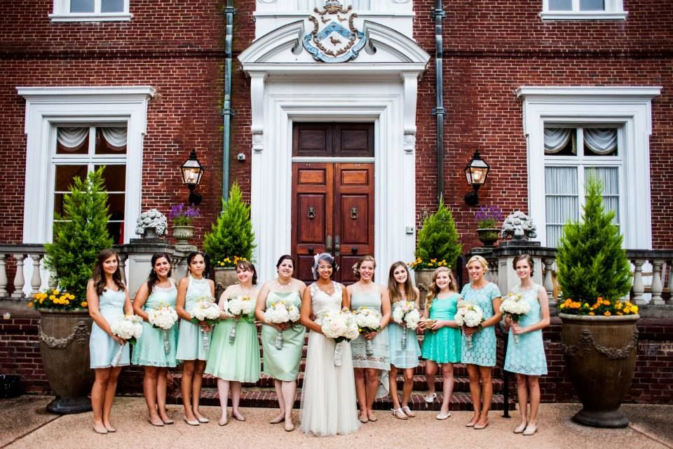 Pick your own mismatched mint bridesmaid dresses. Everyone looked gorgeous. Vintage wedding. Garden wedding. Historic mansion wedding. KayPea photography.