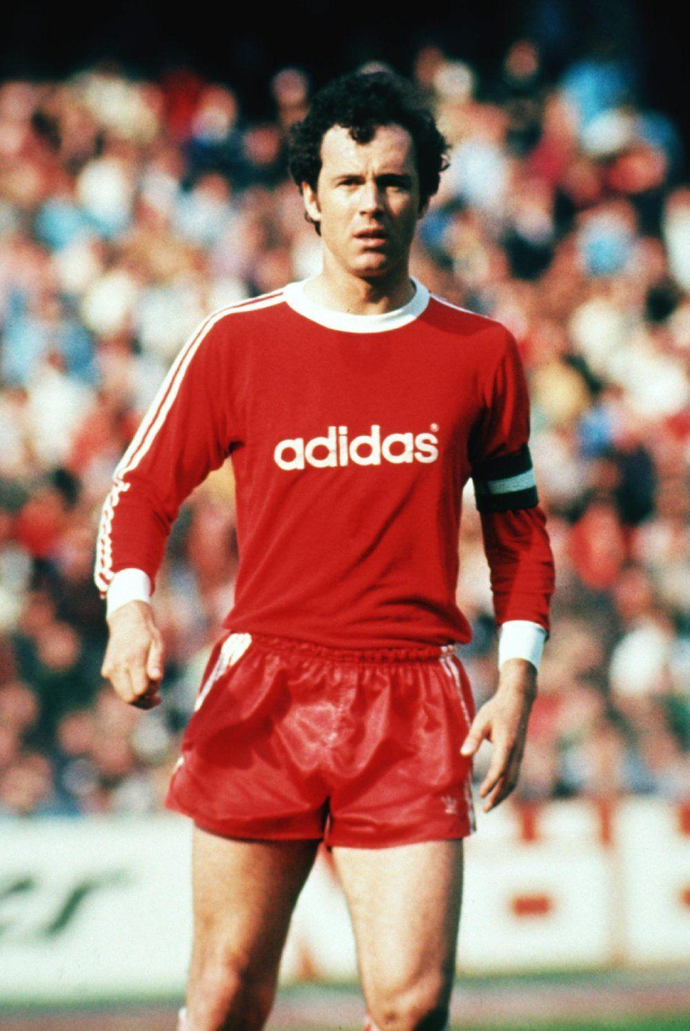 German footballer Franz Beckenbauer: biography, personal life, sports career 38