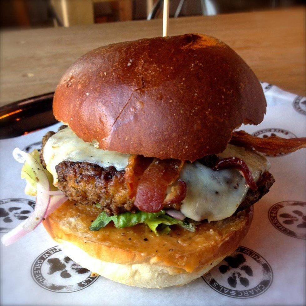 7 of new orleans tastiest happy hours gourmet burger