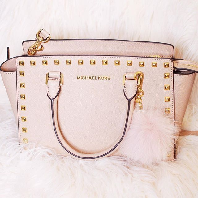 667c681910e Micheal Kors inspired by Valentino. A great way to get the look without the  price tag!