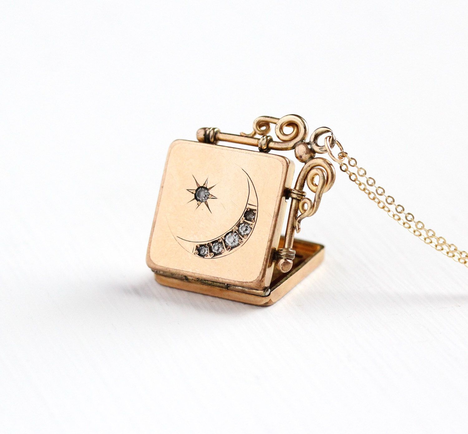 square locket front products legato flower perfume sandalwood lockets