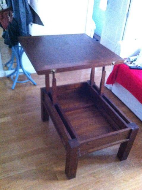 Una mesa expandible en el sal n mesas ratonas mesa de - Mesas para espacios pequenos ...