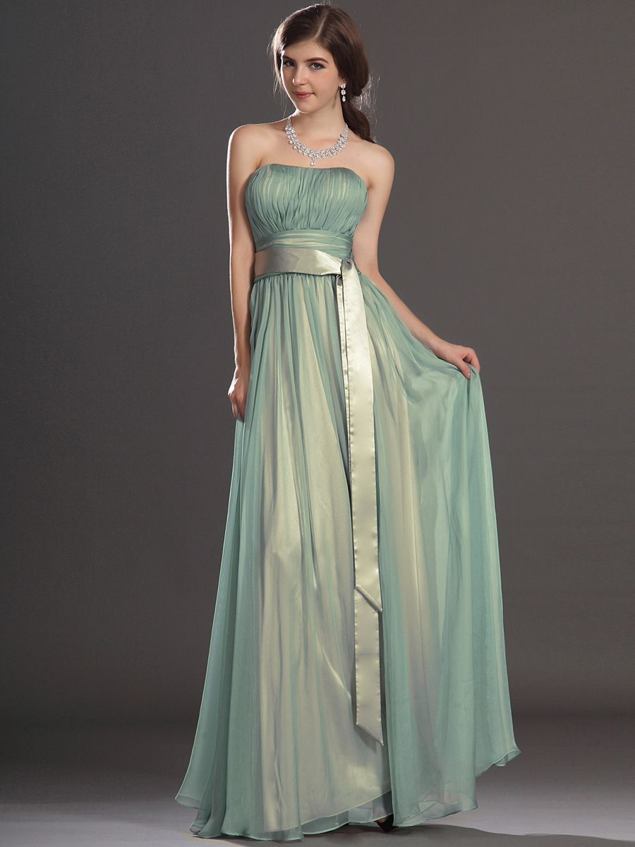Strapless pleated a line chiffon bridesmaid dress with long tailed