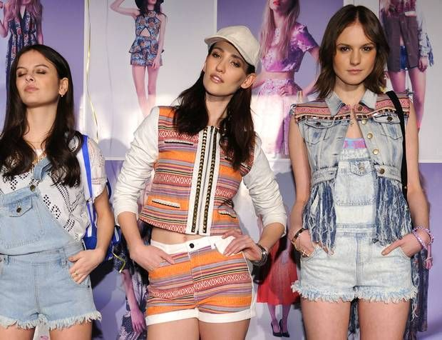 Modeconnect.com Fashion News – April 1, 2014 –  Online fashion group Boohoo.com falls below its float price as fears about a dotcom bubble continue. v/@ Independent