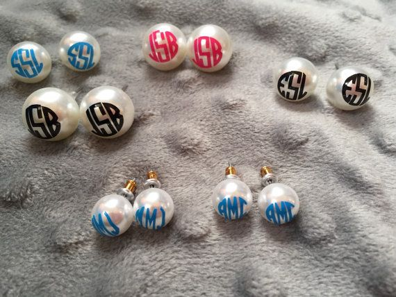 Monogram Pearl Earrings By Itssouthernswag On Etsy Monogrammed Earrings Vinyl Monogrammed Pearl Earrings Monogrammed Pearls