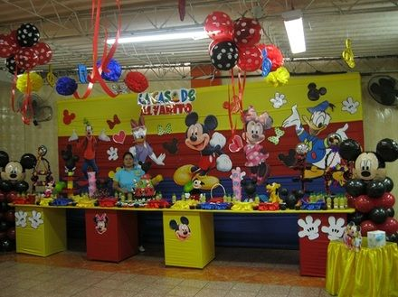 Imagenes de decoraci n de fiestas de la casa de mickey for Decoracion la casa de mickey mouse